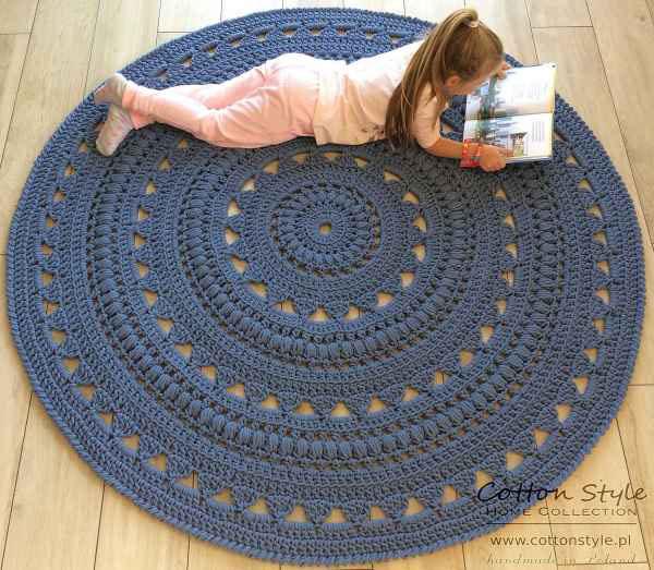 Urządzamy salon ‒ dywan ze sznurka