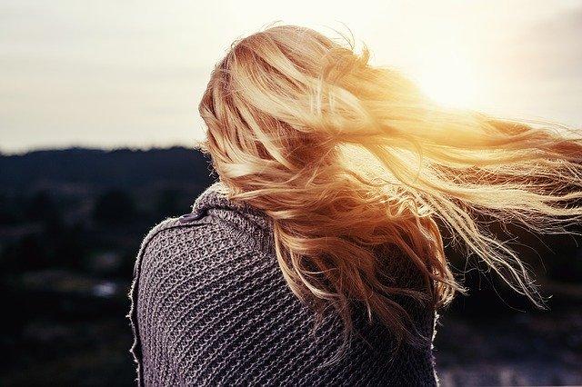 Jakie kosmetyki do włosów używać?