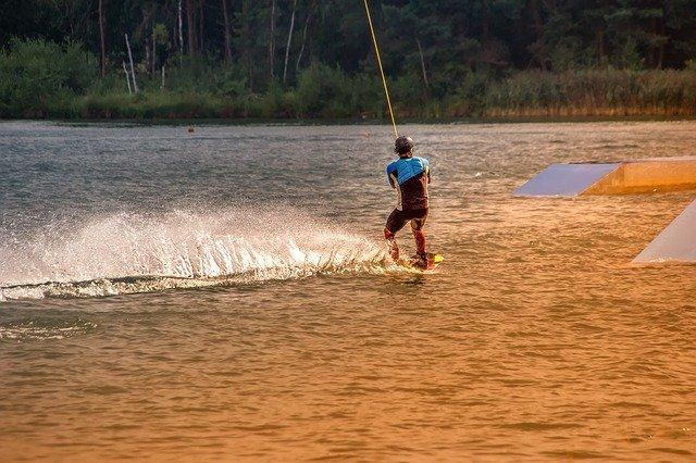 Kamizelka wakeboard