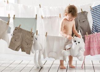 Proszek do prania dla niemowląt - obowiązkowa część wyprawki?