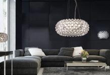 Czym wyróżniają się designerskie lampy wiszące